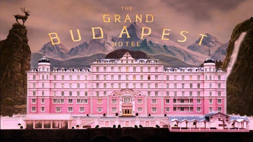 아름다움을 간직한 영화_그랜드 부다페스트 호텔